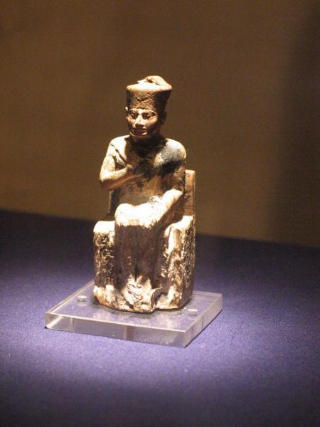 Фараон Хуфу