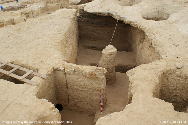 Одно из мест раскопок в Лахуне